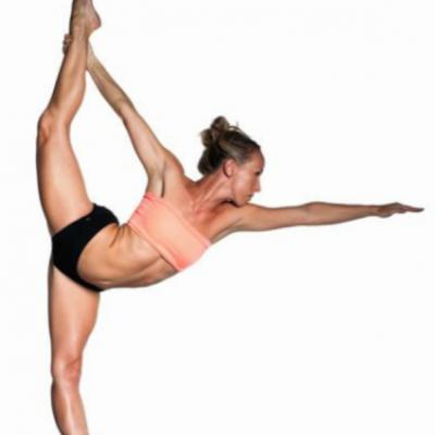 Nicole Vickerman - standing bow